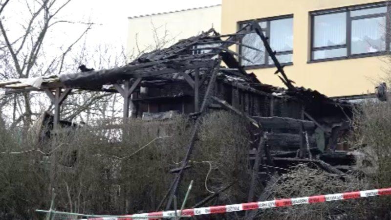 Brand in Gartenlaube nach Explosion (Foto: SAT.1 NRW)