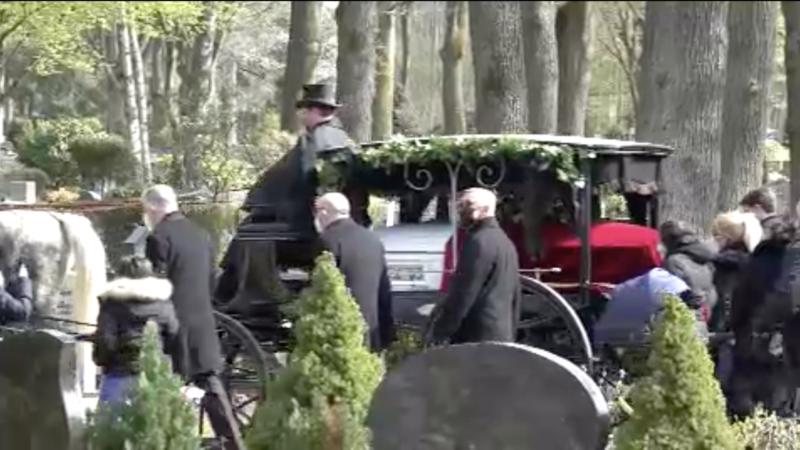 Goman-Clanmitglied beerdigt (Foto: SAT.1 NRW)