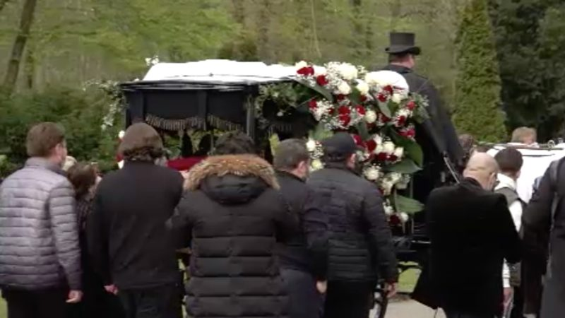 Beerdigung mit Polizei (Foto: SAT.1 NRW)
