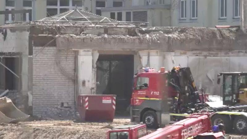Arbeiter auf Baustelle verschüttet (Foto: SAT.1 NRW)