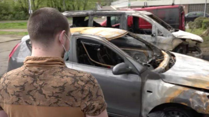 Wieder brennende Autos (Foto: SAT.1 NRW)