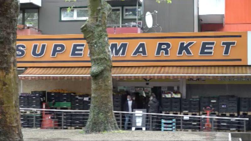 Mann zündet Supermarkt an (Foto: SAT.1 NRW)