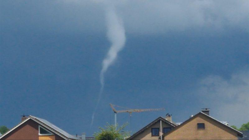 Tornado über Borken-Weseke (Foto: SAT.1 NRW)