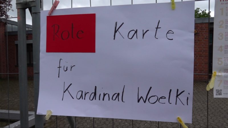 Demo gegen Kardinal Woelki (Foto: SAT.1 NRW)