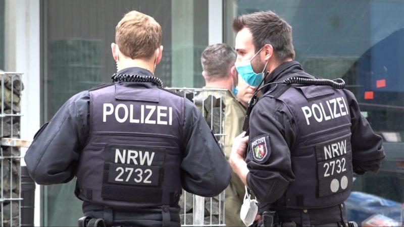 Weltweite Drogen-Razzia: Täter durch Chats überführt (Foto: SAT.1 NRW)