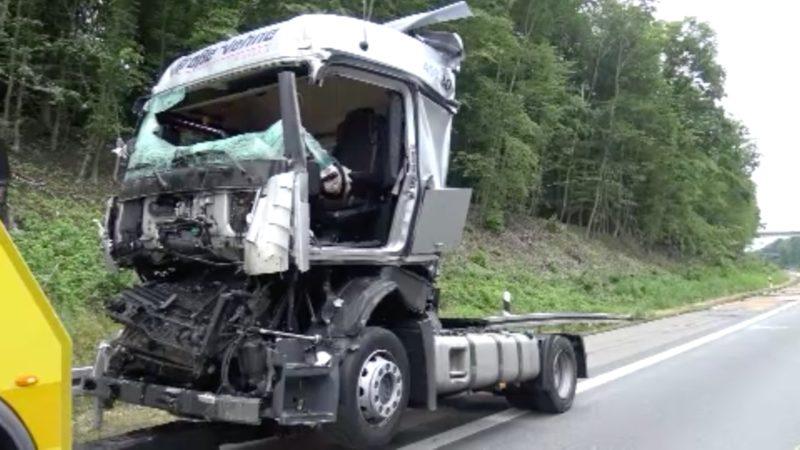 LKW-Unfall auf der A45 (Foto: SAT.1 NRW)