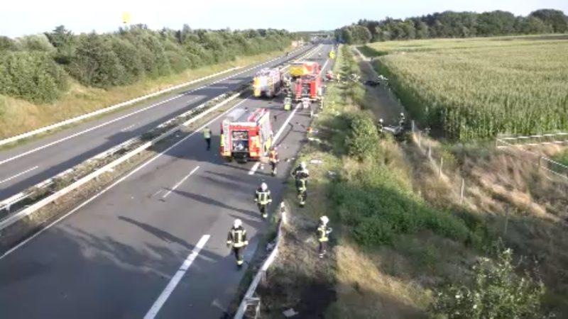 Tödlicher Autounfall (Foto: SAT.1 NRW)