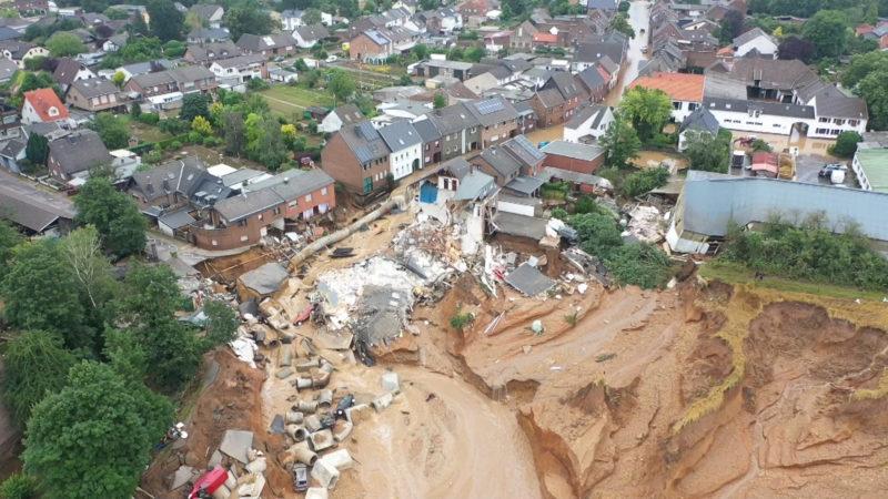 Spenden für Unwetter-Opfer (Foto: SAT.1 NRW)