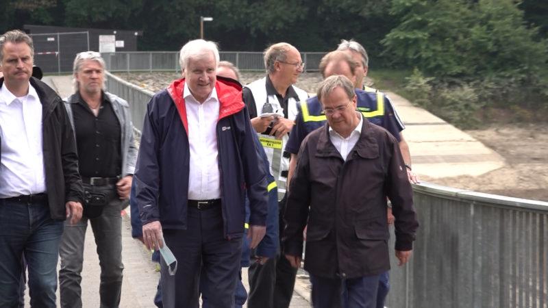 Seehofer besucht Talsperre (Foto: SAT.1 NRW)