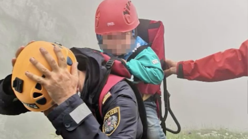 Kind in den Alpen gerettet (Foto: SAT.1 NRW)