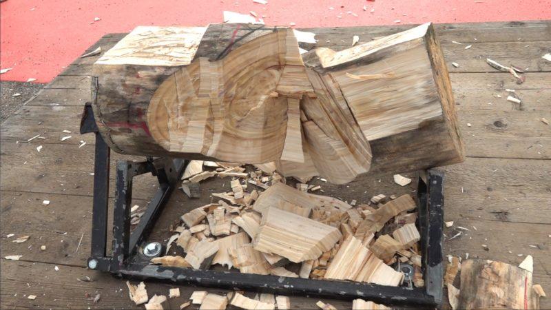 Meisterschaft: Wie schwer ist Holzfällen? (Foto: SAT.1 NRW)