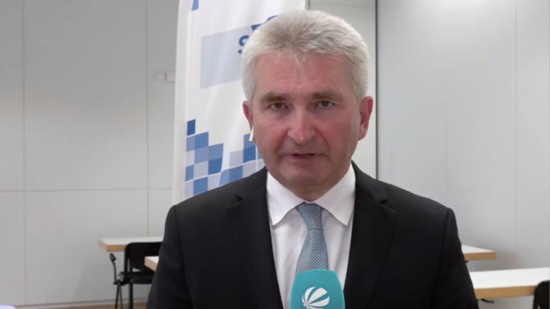 Andreas Pinkwart zu den NRW-Fluthilfen (Foto: SAT.1 NRW)