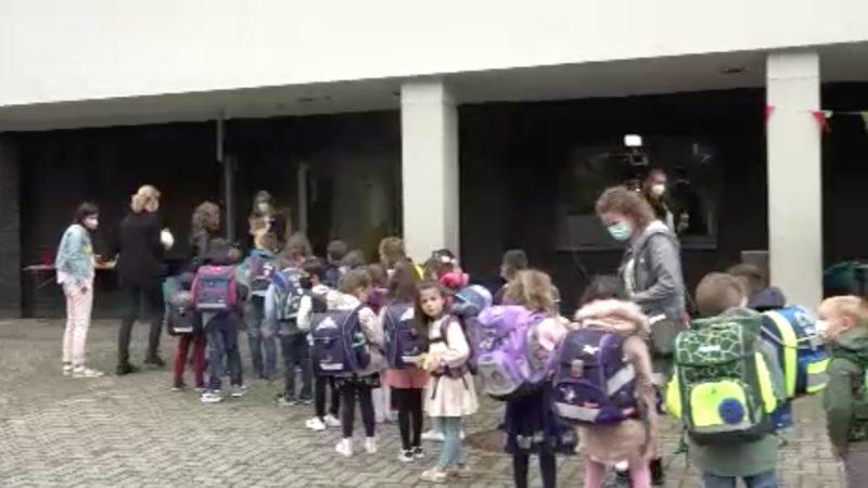 Schulstart in NRW (Foto: SAT.1 NRW)
