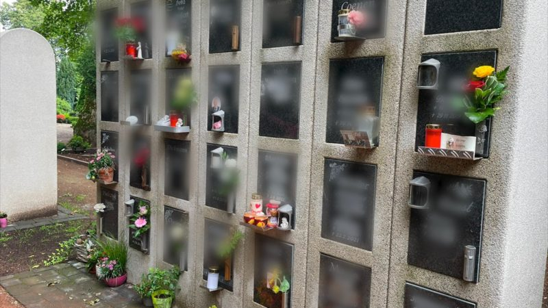 Unbekannte schänden Urnengräber (Foto: SAT.1 NRW)