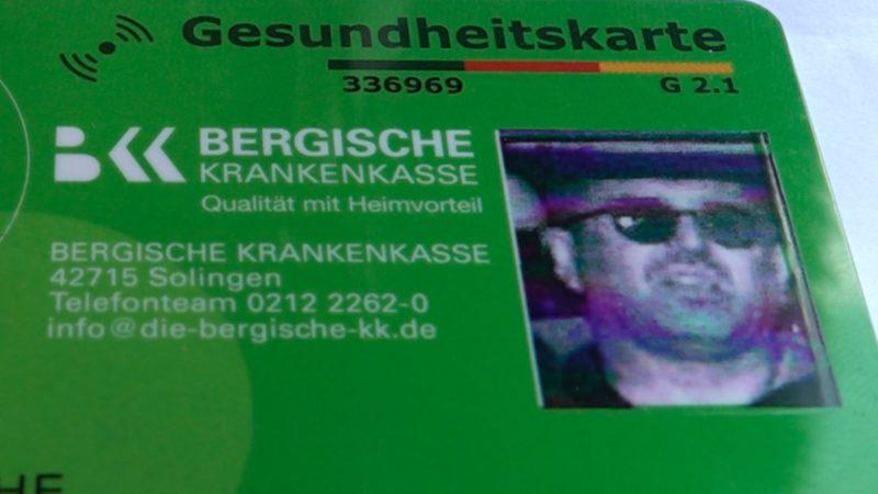 Blitzerfoto auf der Versichertenkarte (Foto: SAT.1 NRW)