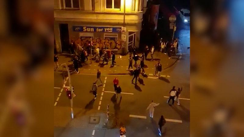 Jugendliche terrorisieren Anwohner (Foto: SAT.1 NRW)