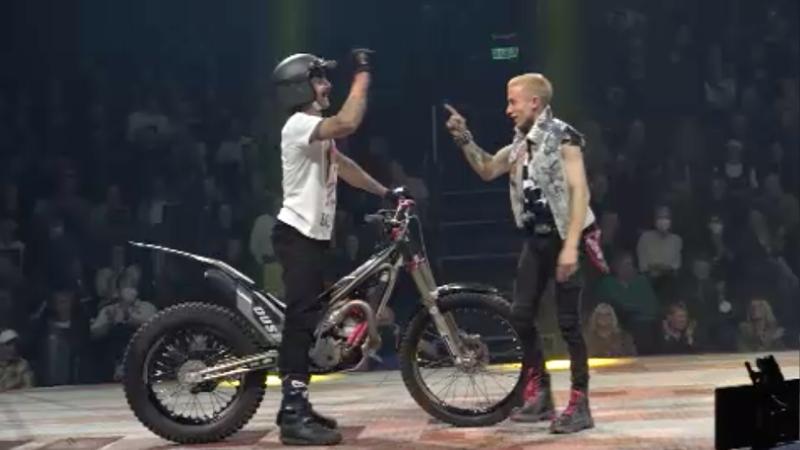 Spektakulärer Kugelbiker begeistert (Foto: SAT.1 NRW)