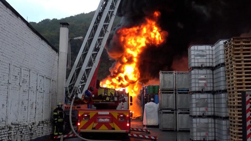 Flammeninferno in Hagen (Foto: SAT.1 NRW)